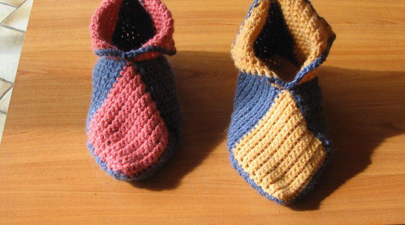 ebb9c3d97052 Tricoter chaussons adultes explications photos - altoservices