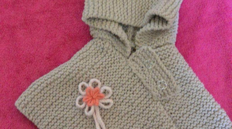 Tuto gratuit poncho bébé tricot - altoservices 8fec05c87b0