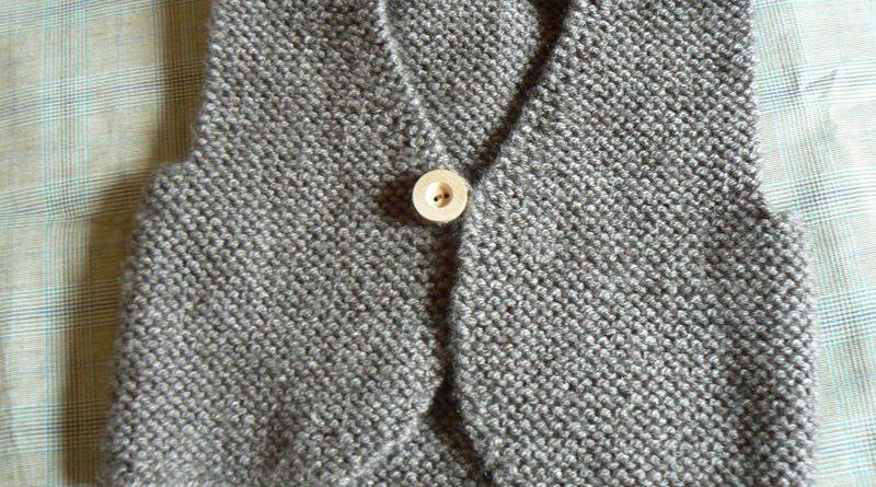 Modele tricot gilet sans manche fillette - altoservices b25c34386d9
