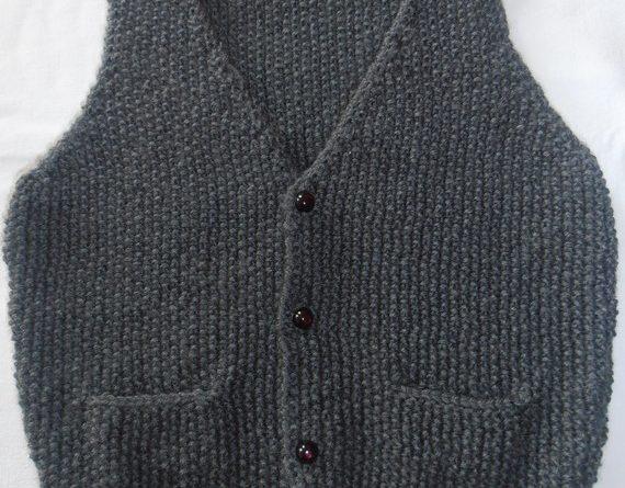 Modele tricot gilet sans manche bebe fille - altoservices 0ee640e0061