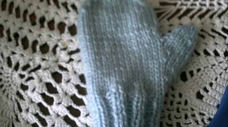 5f0bf39cf378 Moufles bebe tricot modele gratuit - altoservices