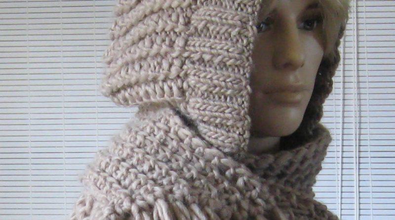 Comment tricoter une echarpe capuche - altoservices 8b787d85ca0