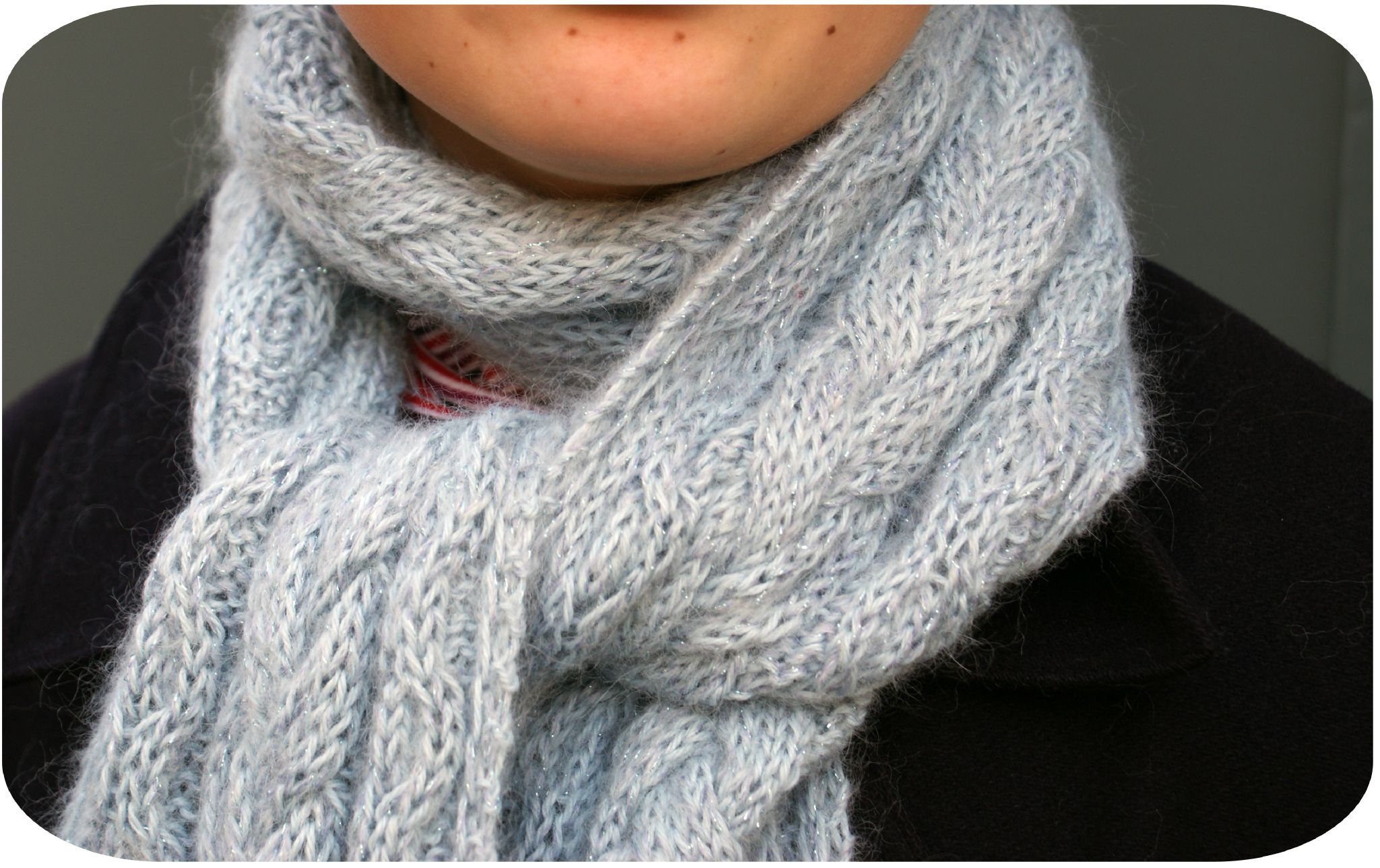 baadfe9363bc Modele echarpe tricot dentelle gratuit. Apprendre a tricoter une echarpe