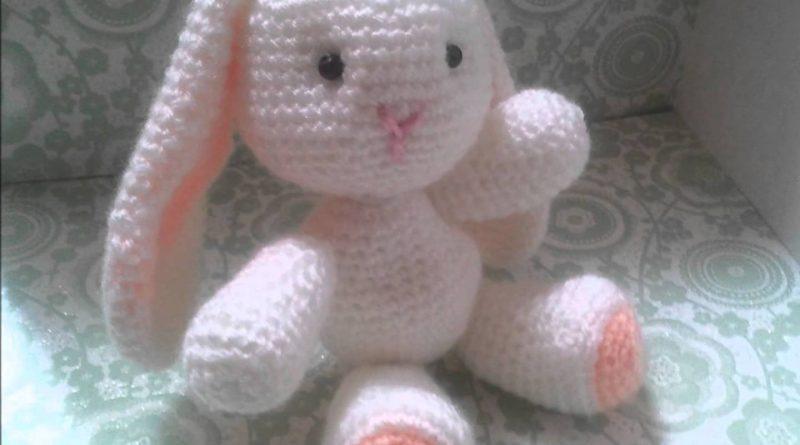 Lapin au tricot modele gratuit - altoservices 3ceb1c93744