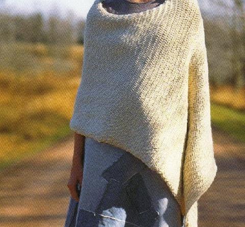 Modele tricot poncho femme facile gratuit - altoservices 4d2a80ea5dc