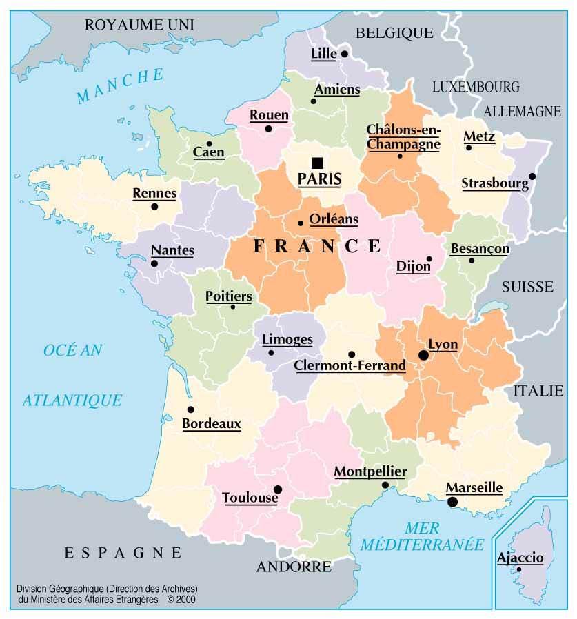 Paris sur la carte de france